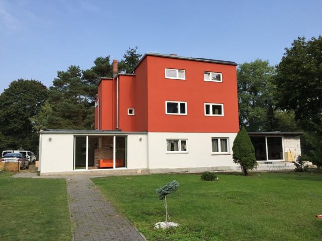 bauhaus architekturf hrungen in berlin spandau siedlung neu jerusalem. Black Bedroom Furniture Sets. Home Design Ideas